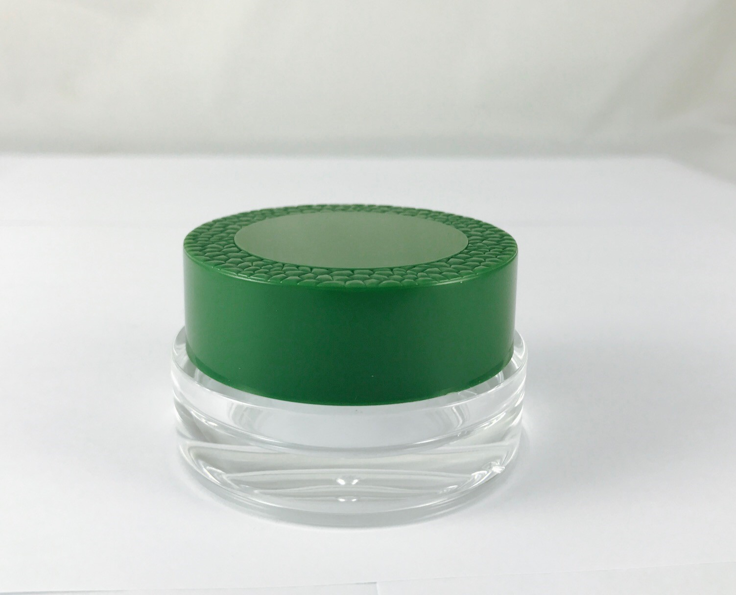 Round green injection cap